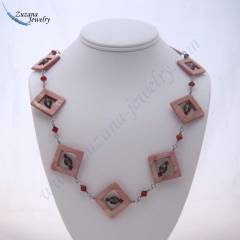 Diamond shaped shell necklace
